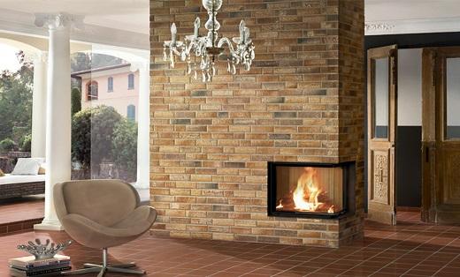 Камин, декорированный клинкерной фасадной плиткой на изображении