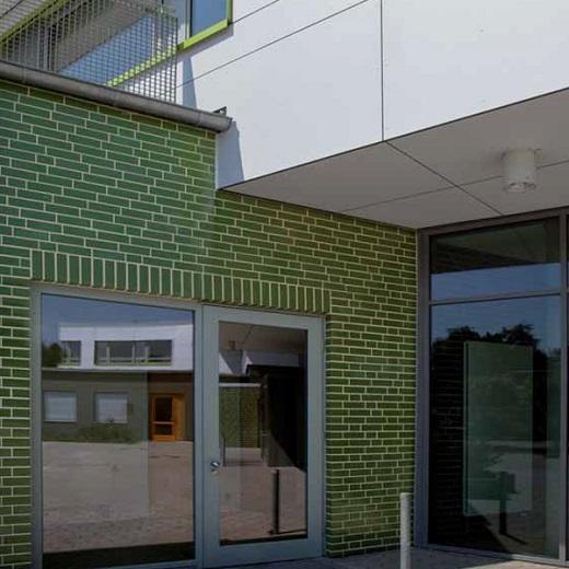 Облицовка фасада декоративной клинкерной плиткой на фото