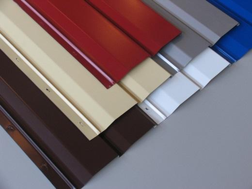 На фото показан металлический сайдинг разных цветов