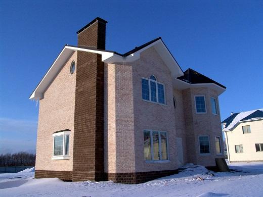На фотографии дом с японским вентилируемым фасадом Nichiha