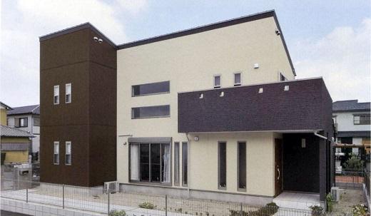 Фасад дома облицован по японской технологии вентилируемого фасада