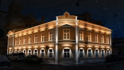 На рисунке изображено прожекторное освещение крупного здания
