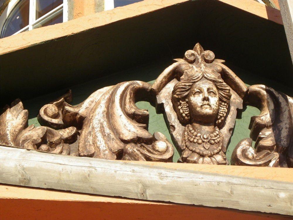 lepnina-dlya-fasada-doma_00027