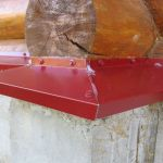 Разновидности отливов для цоколя фундамента: материалы и характеристики